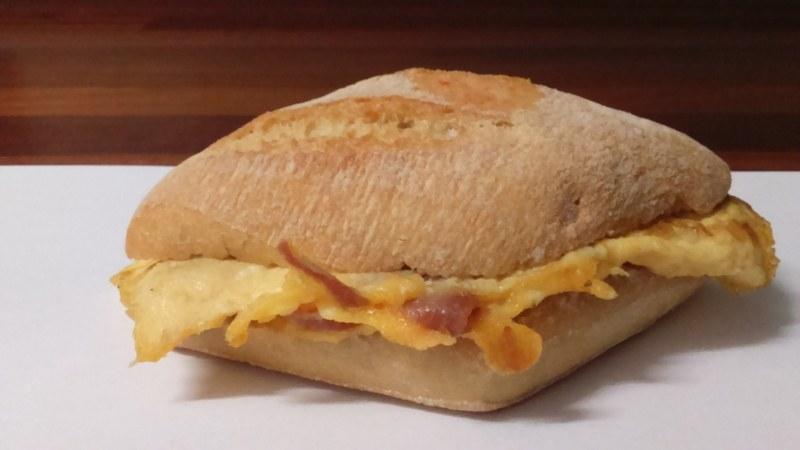 Sandwich jamon serrano calorias